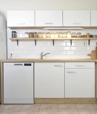 new white kitchen unit