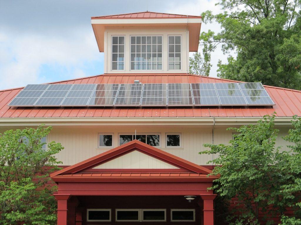 solar-panel-array-1794503-min-1024x768